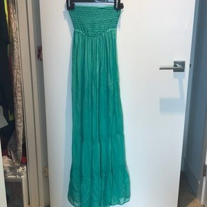 Gorgeous Guess green silk maxi dress 👗 xs